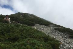 意外と山頂まで遠い